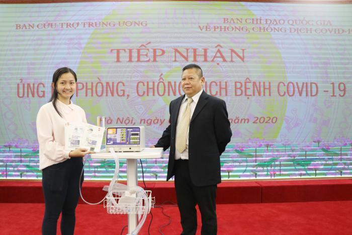 Quyền Bộ trưởng Bộ Y tế: Việc trao tặng 500 máy thở MV20 là món quà hết sức ý nghĩa trong đại dịch chống COVID-19 Ảnh 3