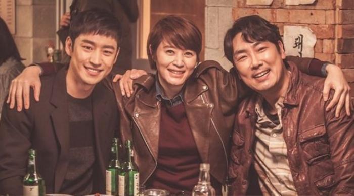 Khảo sát 5 bộ phim Hàn hay nhất mọi thời đại: 'Signal', 'Gia đình là số 1' và 'Nàng Dae Jang Geum' được gọi tên!