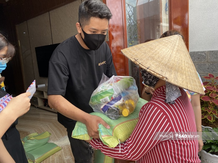 Ấm lòng với dự án từ thiện của người hâm mộ tại Việt Nam trong ngày kỷ niệm 4 năm BlackPink debut