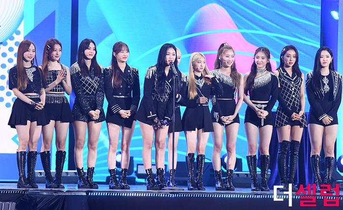 Người chiến thắng 'SOBA 2020': BTS nhận Daesang, Kang Daniel - TWICE và Red Velvet ôm về nhiều cúp lớn Ảnh 9