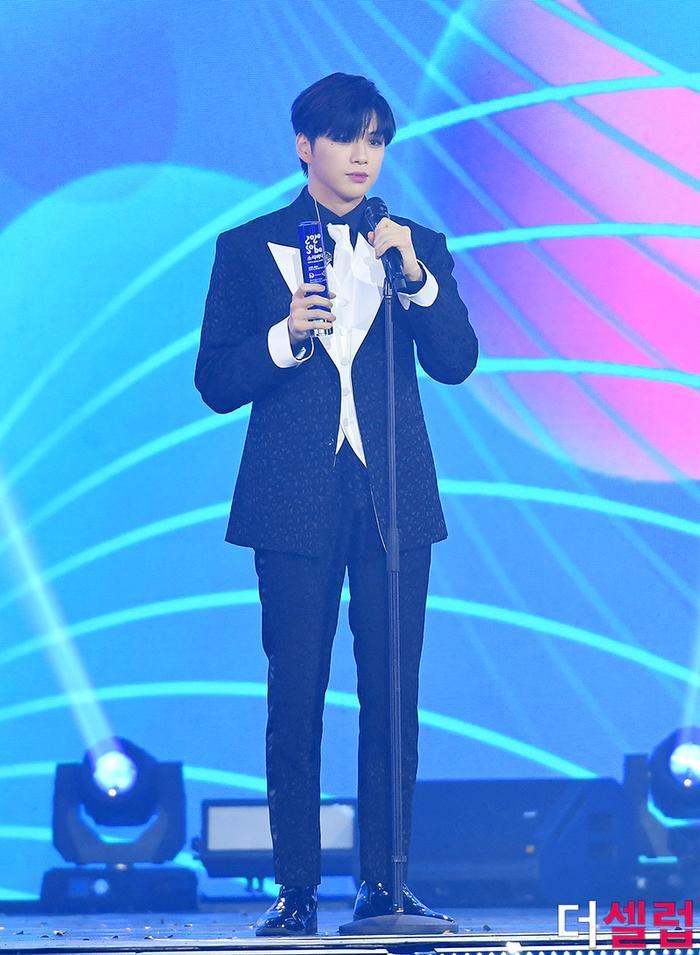 Người chiến thắng 'SOBA 2020': BTS nhận Daesang, Kang Daniel - TWICE và Red Velvet ôm về nhiều cúp lớn Ảnh 43