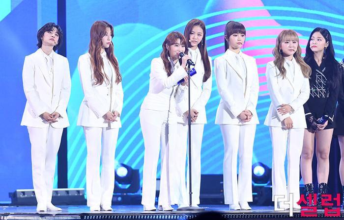 Người chiến thắng 'SOBA 2020': BTS nhận Daesang, Kang Daniel - TWICE và Red Velvet ôm về nhiều cúp lớn Ảnh 8