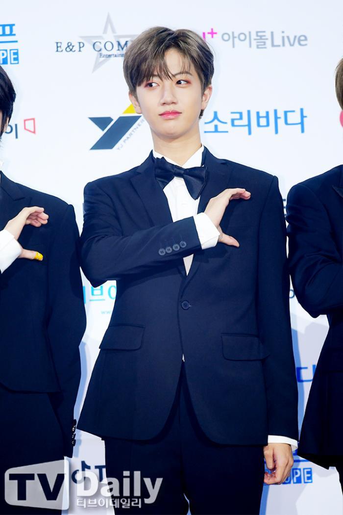 Thành viên Wanna One và X1 đoàn tụ sau khi tan rã: Mỗi người mỗi ngã nhưng cùng trở về một sân khấu! Ảnh 30