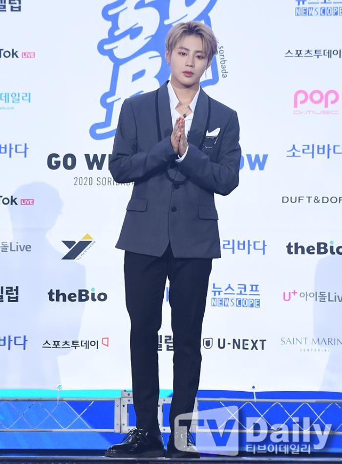 Thành viên Wanna One và X1 đoàn tụ sau khi tan rã: Mỗi người mỗi ngã nhưng cùng trở về một sân khấu! Ảnh 9