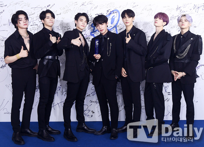 Thành viên Wanna One và X1 đoàn tụ sau khi tan rã: Mỗi người mỗi ngã nhưng cùng trở về một sân khấu! Ảnh 24