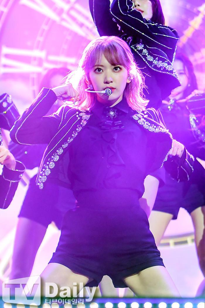 Dàn visual của TWICE, Red Velvet, IZ*ONE, ITZY đọ sắc tại hậu trường 'SOBA 2020': Ai là 'Nữ thần Kpop'? Ảnh 28