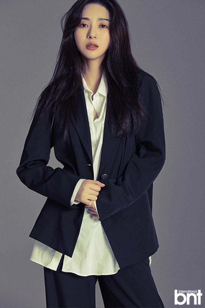 Phỏng vấn Mina (AOA) trước ngày tự tử: Thần tượng nữ chính 'Bán đảo Peninsula', chọn sao nam hàng đầu này làm mẫu người lý tưởng