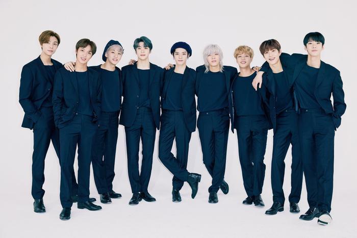 Fan 'ngộp thở' chuyện mini album tiếng Nhật của NCT 127 có đến 23 version: Mất hàng chục triệu đồng để mua đủ bộ!