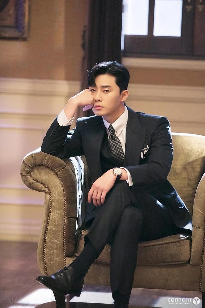 Phim của Park Seo Joon và IU ngừng quay vì Covid-19 lây lan trong các nghệ sĩ Kbiz Ảnh 9