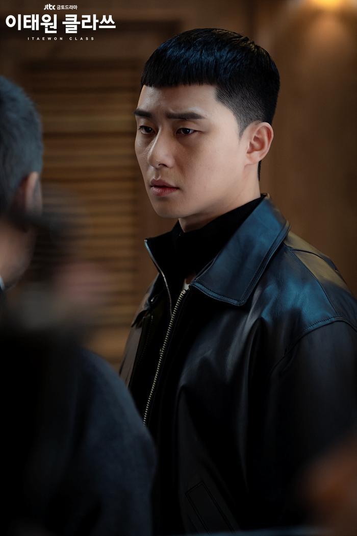 Phim của Park Seo Joon và IU ngừng quay vì Covid-19 lây lan trong các nghệ sĩ Kbiz Ảnh 7