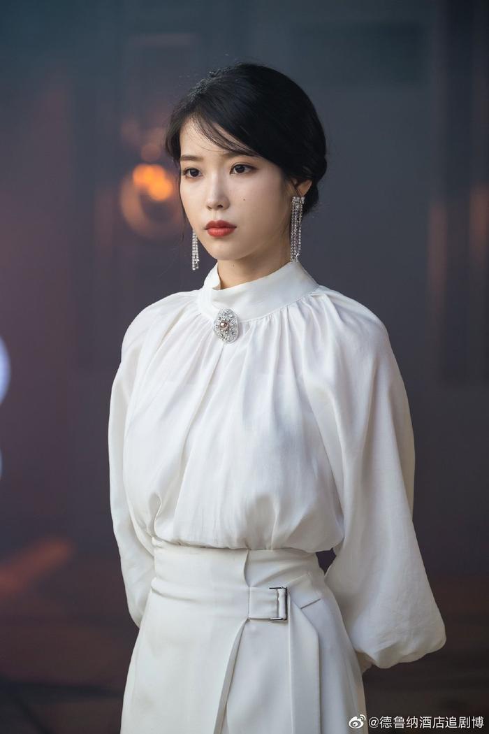 Phim của Park Seo Joon và IU ngừng quay vì Covid-19 lây lan trong các nghệ sĩ Kbiz Ảnh 4