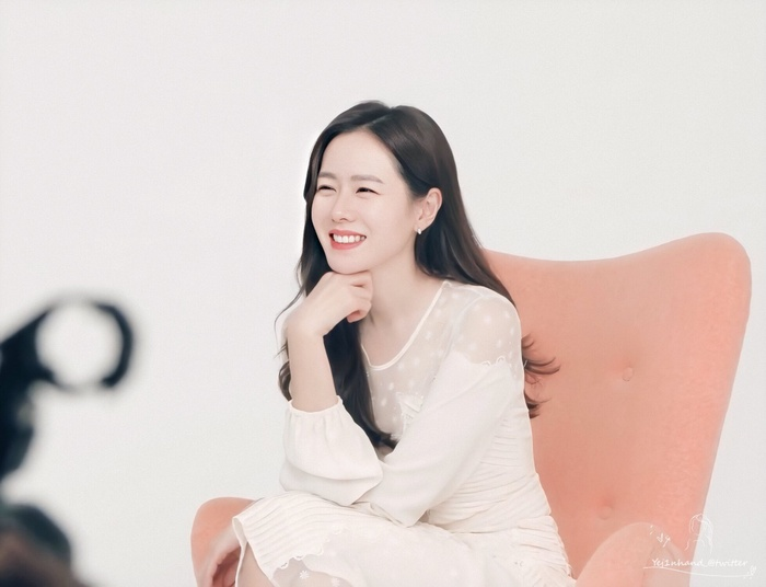 Son Ye Jin nhận được lời mời vào vai nữ chính trong phim cổ trang mới của đạo diễn 'Saimdang, Light's Diary' Ảnh 5
