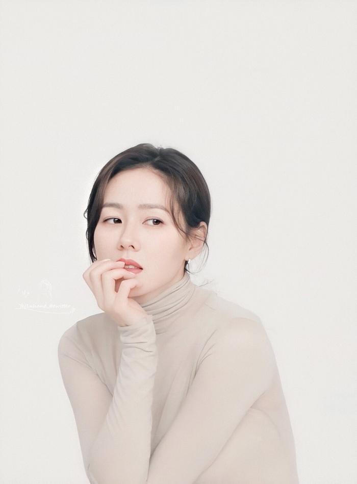 Son Ye Jin nhận được lời mời vào vai nữ chính trong phim cổ trang mới của đạo diễn 'Saimdang, Light's Diary' Ảnh 4