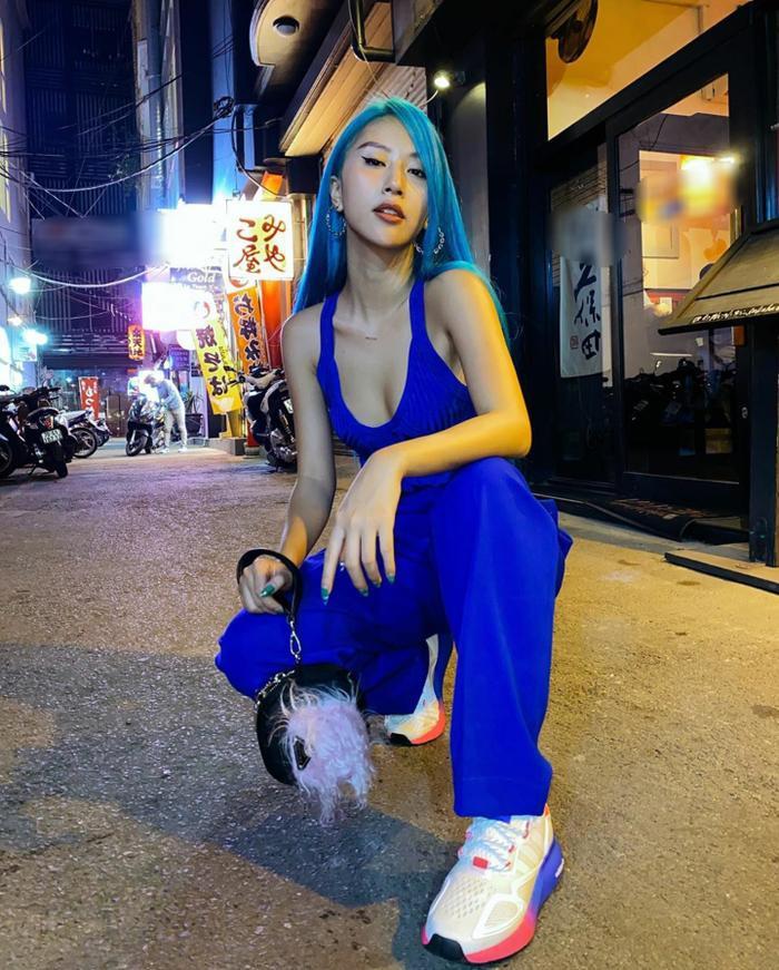 Hương Giang khoe trọn đôi chân dài đắt giá, Puka khiến fan xuýt xoa vì vòng eo tí hon Ảnh 8