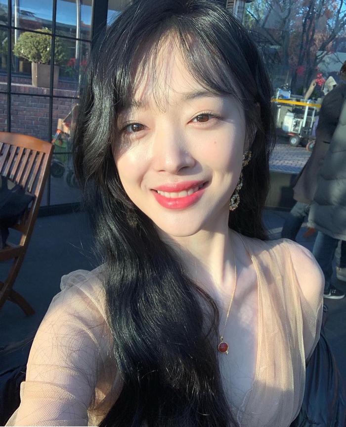 Nữ tân binh giống Sulli, Park Ji Hoon và 5 sao Hàn khiến dân mạng ngỡ ngàng Ảnh 15