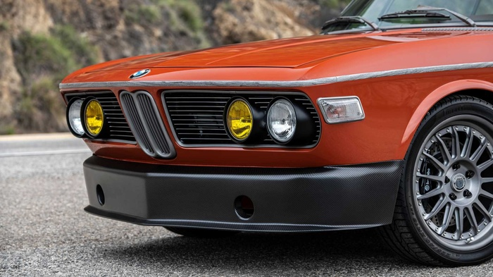 Cận cảnh xế cổ BMW 3.0 CS đời 1974 của 'người sắt' Robert Downey Jr. Ảnh 6