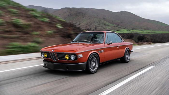 Cận cảnh xế cổ BMW 3.0 CS đời 1974 của 'người sắt' Robert Downey Jr. Ảnh 3