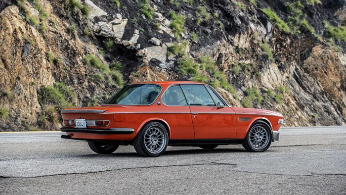 Cận cảnh xế cổ BMW 3.0 CS đời 1974 của 'người sắt' Robert Downey Jr. Ảnh 4