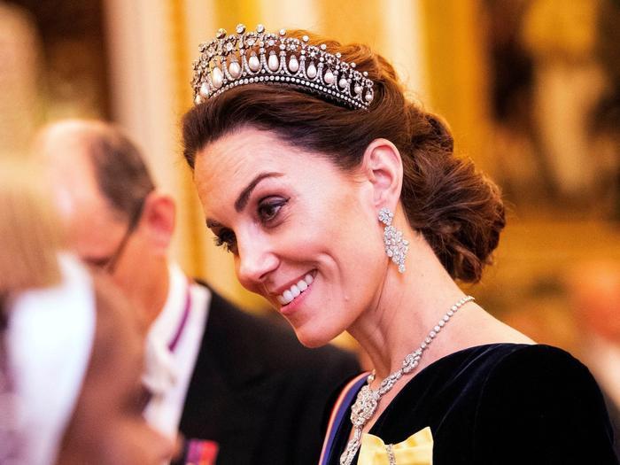 10 món trang sức quý giá công nương Diana để lại cho con dâu Ảnh 12