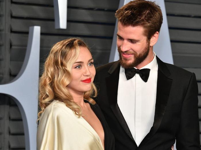 Miley Cyrus bức xúc vì bị công chúng chỉ trích khi ly hôn với chồng cũ Liam Hemsworth Ảnh 5