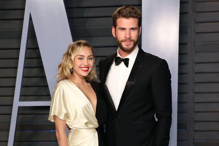 Miley Cyrus bức xúc vì bị công chúng chỉ trích khi ly hôn với chồng cũ Liam Hemsworth Ảnh 4