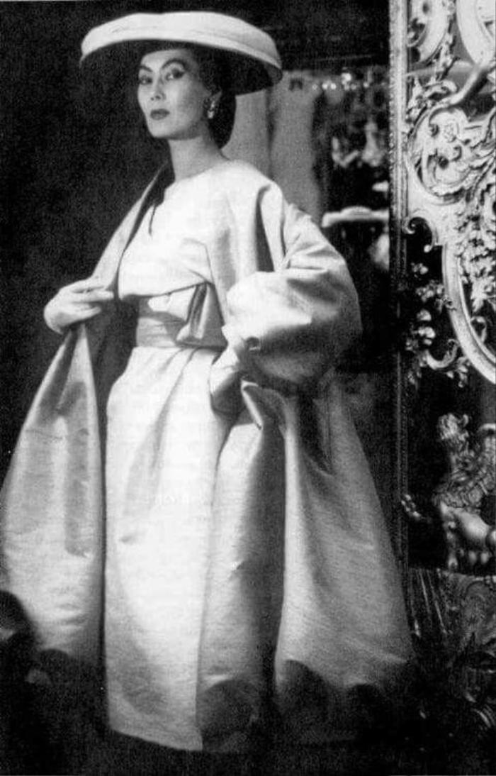 Câu chuyện 'cổ tích' về người hầu bếp trở thành nàng thơ Dior Ảnh 8