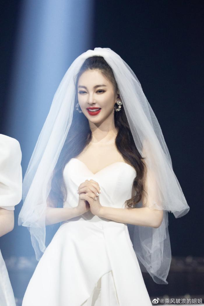 Danh sách debut của 'Tỷ tỷ đạp gió rẽ sóng': Ninh Tịnh không muốn debut, tên nhóm gây tranh cãi Ảnh 11