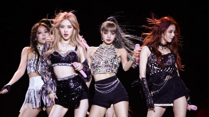 Knet 'thở dài' với lịch trình nghệ sĩ nhà YG 4 tháng cuối năm 2020: 'Sẽ lại trì hoãn một cách suôn sẻ thôi!' Ảnh 4