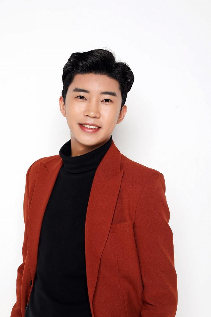 Tái xuất ảm đạm nhưng Kang Daniel vẫn vượt mặt ngon ơ dàn visual BTS trên BXH thần tượng Ảnh 3