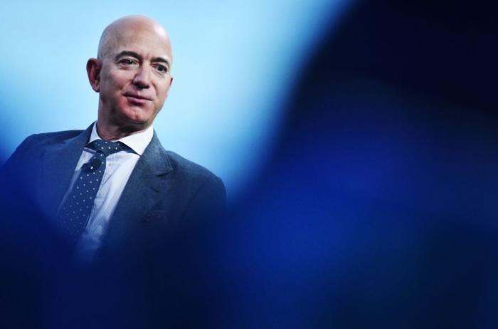 Elon Musk, Jeff Bezos, Mark Zuckerberg và một số tỉ phú công nghệ mất 44 tỉ USD chỉ trong một tuần Ảnh 3