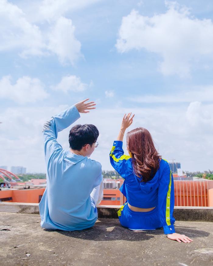 Sợ bị người khác 'giành mối', Cara công khai nụ hôn siêu ngọt ngào với NoWay ngay trong MV This Way Ảnh 7