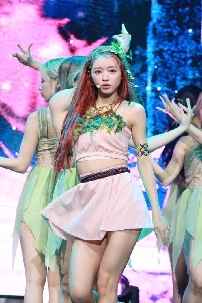 Những tâm sự của Yooa (Oh My Girl) trên sân khấu solo với album đầu tay Bon Voyage Ảnh 3