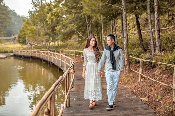 Những 'ông chồng vàng trong làng chiều vợ' khiến nhiều người trầm trồ, ngưỡng mộ Ảnh 6