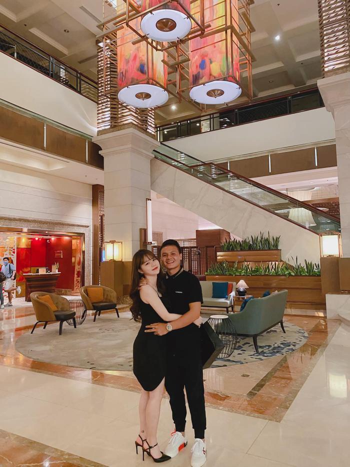 Yêu nhau 4 tháng và đây là lần Huỳnh Anh 'thả thính' Quang Hải ngọt ngào nhất: 'Đầu tuần là thứ hai vì anh là thứ nhất' Ảnh 1