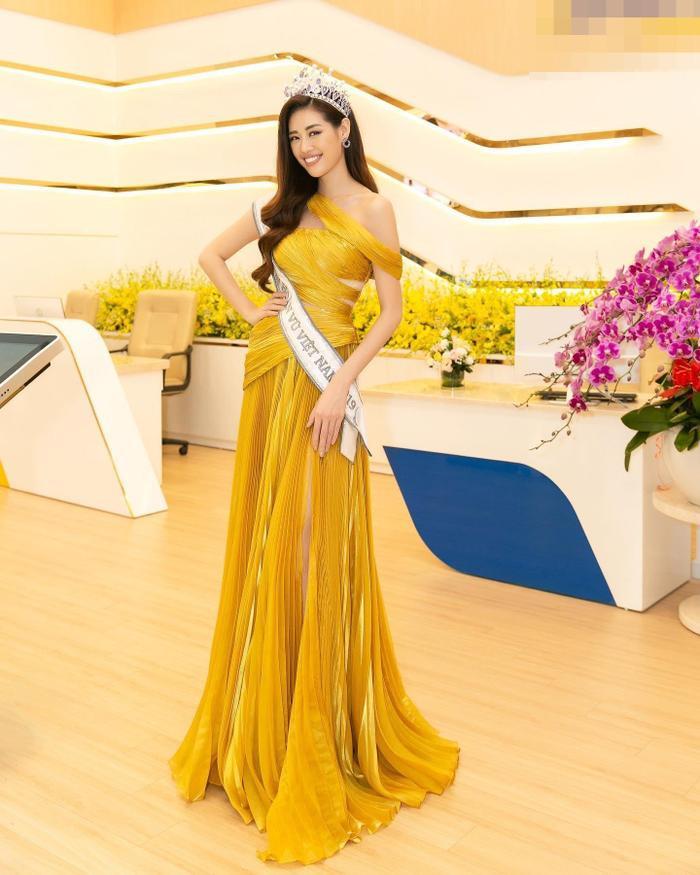 5 khoảnh khắc Khánh Vân tỏa sáng xuất thần với đầm dạ hội xẻ tà, bay bổng: Sẵn sàng càn quét Miss Universe Ảnh 5