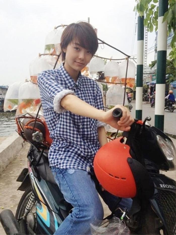 Những màn giả trai ấn tượng của mỹ nhân Việt: Khởi My quá thư sinh, Hari Won menly đến bất ngờ. Ảnh 17