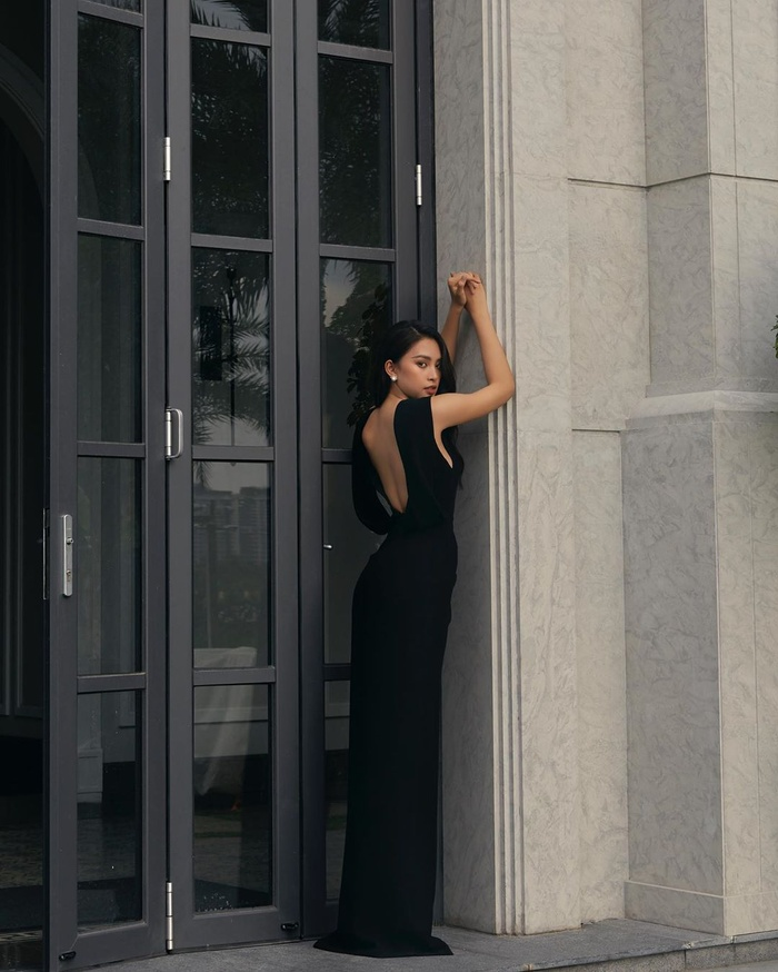 Hoa hậu Đỗ Mỹ Linh dịu dàng mong manh với váy chuyển sắc, nét đẹp chuẩn 'nàng thơ' Ảnh 8