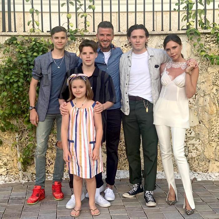 Gia đình David Beckham đâm đơn kiện nhà hàng xóm gây ồn 10 tiếng mỗi ngày vì... đang bận sửa nhà Ảnh 1