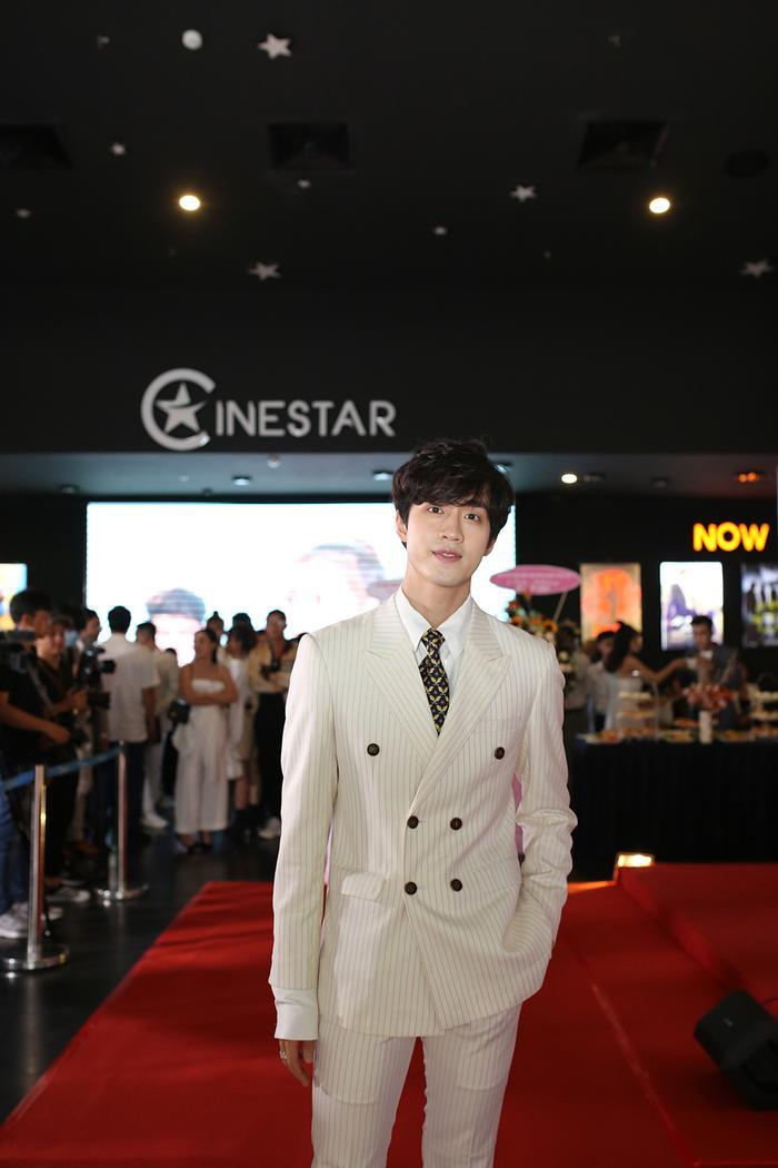 Họp báo 'Bạn trai song sinh': YunBin thừa nhận thích nhìn cảnh Tú Tri hôn trong phim, nhưng cũng không quên 'khẳng định chủ quyền' Ảnh 10