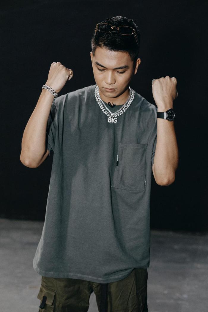 Phong cách 'streetwear' bụi bặm của BigDaddy khiến các tín đồ thời trang đổ đứ đừ Ảnh 13