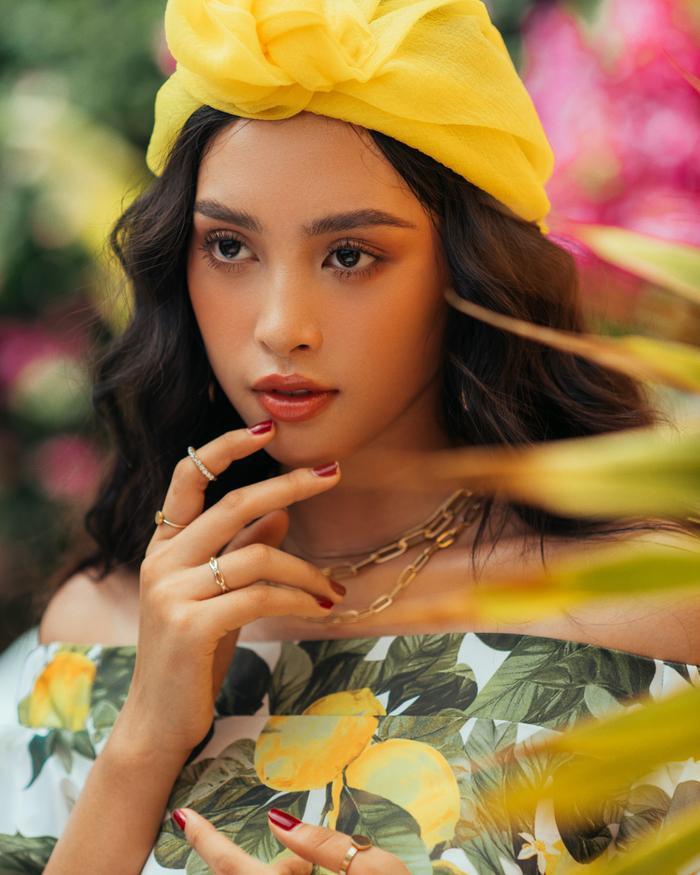 Ngơ ngẩn ngắm Hoa hậu Tiểu Vy đẹp nuột nà trong bộ ảnh chụp tại quê nhà Hội An Ảnh 3