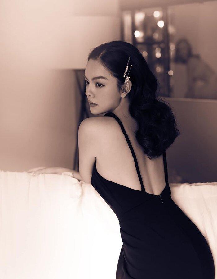 Sau 2 năm ly hôn, Phạm Quỳnh Anh ngày càng nóng bỏng và quyến rũ hơn Ảnh 9