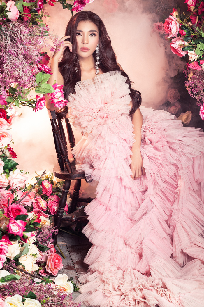 Bà xã Lương Thế Thành khoe thân hình đầy quyến rũ đẹp hơn cả Hoa hậu Ảnh 2