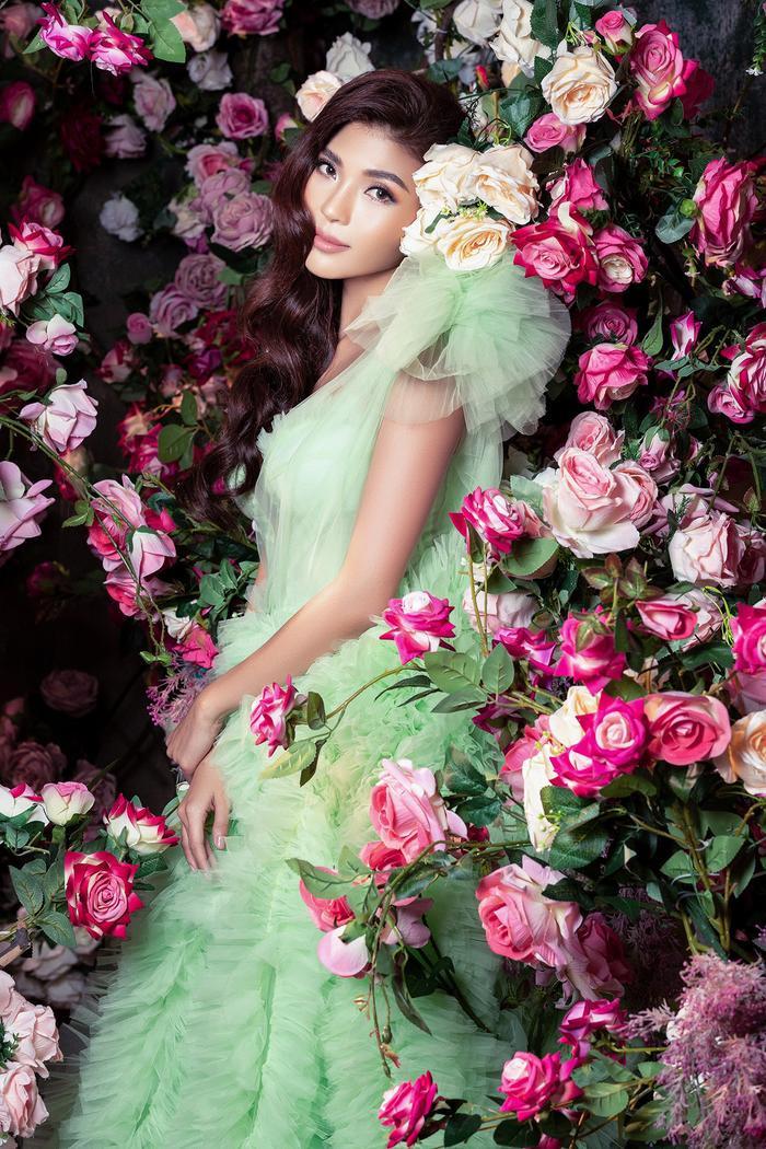Bà xã Lương Thế Thành khoe thân hình đầy quyến rũ đẹp hơn cả Hoa hậu Ảnh 8