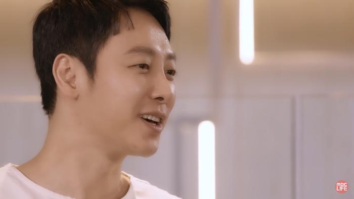 'Tiệm cà phê hoàng tử' phiên bản 2020: Yoon Eun Hye - Gong Yoo ngại ngùng, 'sát nhân' Kim Jae Wook điển trai Ảnh 15