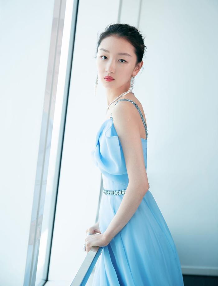 Châu Đông Vũ ra mắt được 10 năm: Người hâm mộ và cư dân mạng bày tỏ yêu thích diễn xuất tinh thâm của cô Ảnh 7