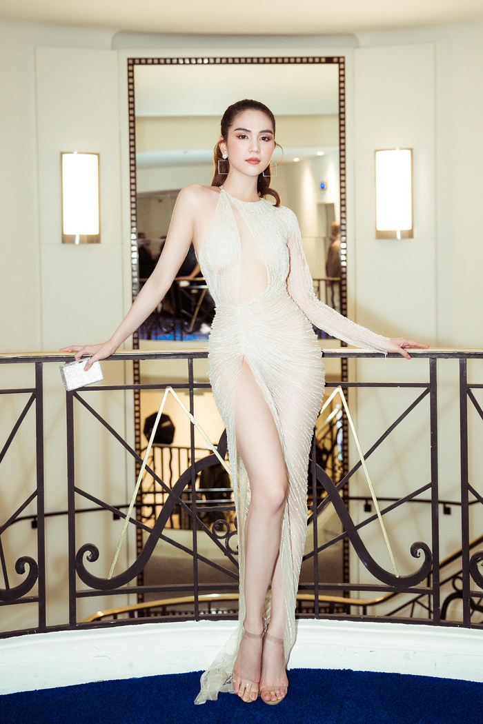 Sao Việt khoe khe ngực với váy khoét vô cực: Ngọc Trinh còn chưa xi nhê gì với mỹ nhân này Ảnh 1