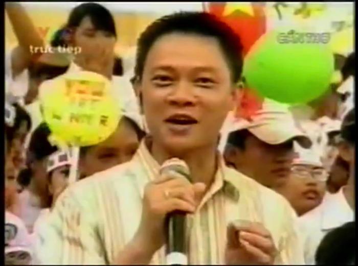 Trước 'giờ G' chung kết Olympia năm thứ 20, BTV Quang Minh bồi hồi chia sẻ lại loạt ảnh các điểm cầu truyền hình cách đây 15 năm Ảnh 1
