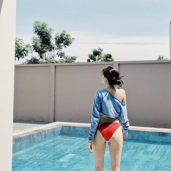 Linh Rin hiếm hoi khoe ảnh diện đồ bơi, body hút trọn mọi ánh nhìn bảo sao em chồng Hà Tăng không say mê Ảnh 6