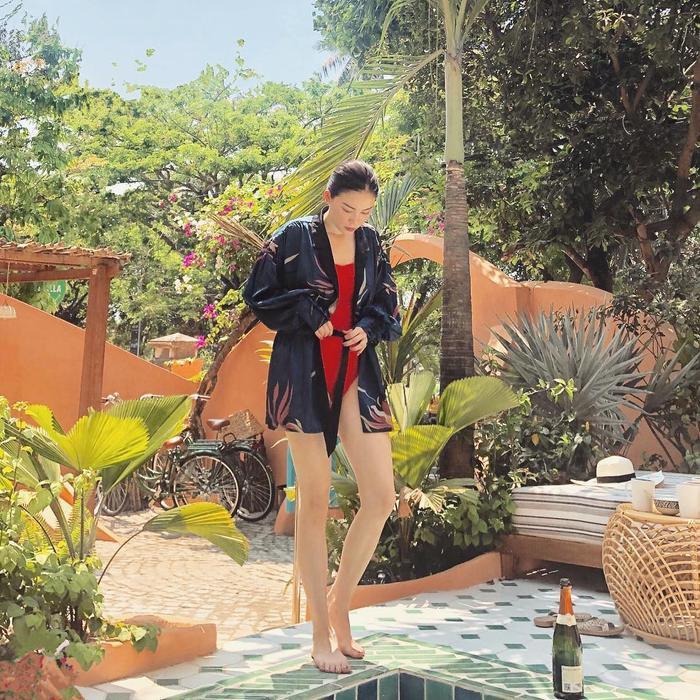 Linh Rin hiếm hoi khoe ảnh diện đồ bơi, body hút trọn mọi ánh nhìn bảo sao em chồng Hà Tăng không say mê Ảnh 5